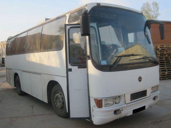 Заказ автобуса мерседес 33 места.