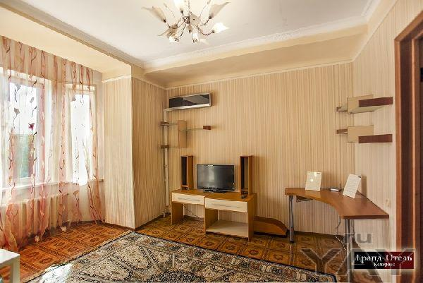 2х комнатная квартира на советском  посуточно