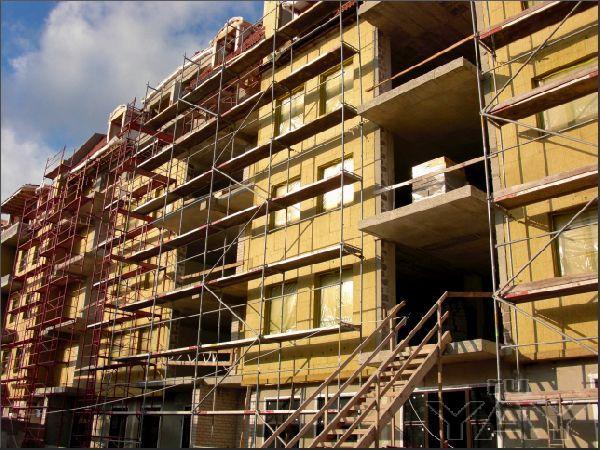 Выполняем фасадные работы  и крае