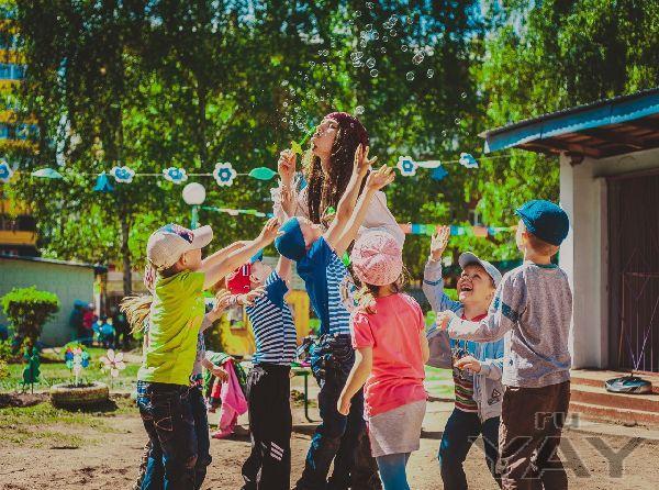 Как провести детский праздник ярко, весело и интересно?