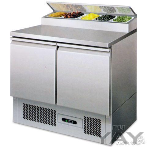 Холодильный стол для пиццы и салатов