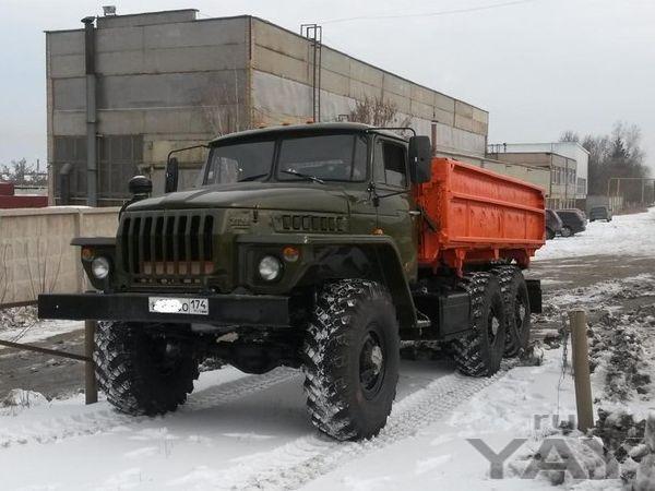 Урал 5557 сельхозник (двухсторонняя разгрузка) на шасси