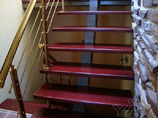 Лестница на заказ для дома